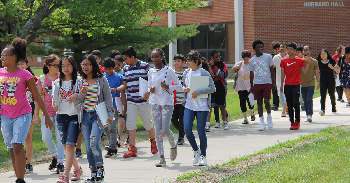 Liberty students walking on campus